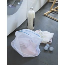 Lingerie Washing Bag & Balls| @ The Holding Company